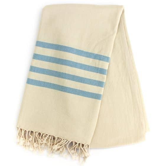 Sandvig hammam badehåndklæde i lyse blå striber