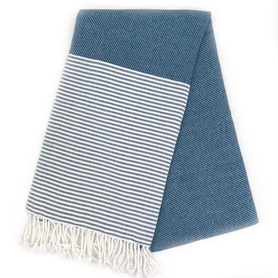 Bellevue, et håndklæde by Karnah